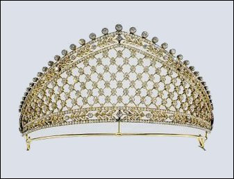 Tiara with Forget-me-nots and Stylized Laurels, ca. 1900-03 (Munn, ibid., 302; Wartski, ibid., 87 and 94, item 249, Private Collection)