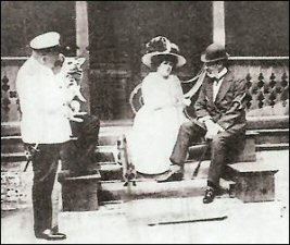 Grand Duke Alexei, Elizabeth Balletta, unidentified gentleman