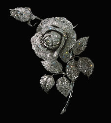 Rose Brooch 1970 Reproduction (Diamond Fund, Kremlin)