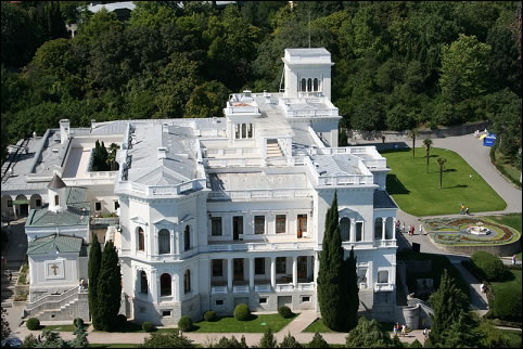 New Livadia Palace (Courtesy of the Authors)