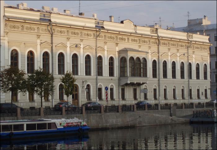Shuvalov Palace (Photograph Courtesy of Galina Korneva)