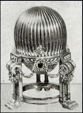 Comparison of the 1887 Third Imperial Egg in the 1902 von Dervis Exhibition with 1964 Parke Bernet New York Auction Catalog Photograph