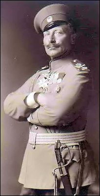 Kaiser Wilhelm II in the Uniform of the Honorary Colonel-in-Chief of the Russian 85th Infantry Regiment, Viborg (Wiki)