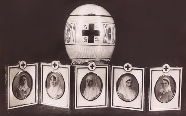 1915 Red Cross Portraits Egg (MF) (Courtesy Tatiana Muntian)