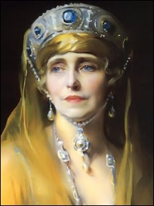 Philip de László Portrait of Queen Marie of Romania, 1924 (Munn, Geoffrey, Wartski, The First One Hundred and Fifty Years, 2015, 182-3)