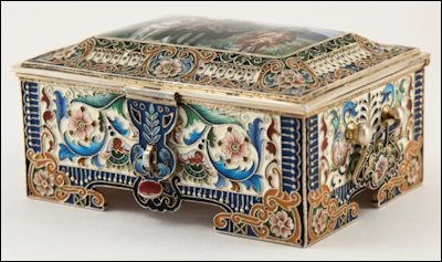 Russian Silver-gilt Box by Feodor Rückert (Courtesy McFerrin Collection)