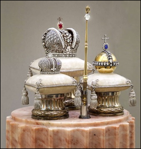 Miniature of the Russian State Regalia by Fabergé, 1900 (© State Hermitage Museum)