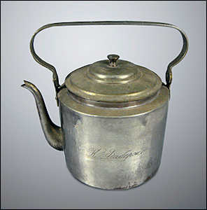 Fabergé Aluminum Kettle (Courtesy Russian National Museum)